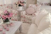 Shabby chic Vintage  and Pink Decorations for The house / I love the Vintage Years! So Romantic and beautiful! / by Lise Charette