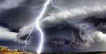 amazing storm clouds / storm clouds