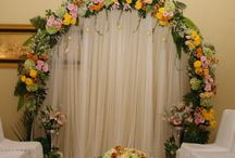 Diy Engagement arch / Engagement flowers acrh