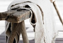 sobere interieurs / raw materials, simple textures, less is more