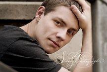 Photography: Senior Guy / Posing, location and styling inspiration for senior guys.