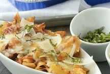 Quick and Easy Dinners / by Reynolds Kitchens