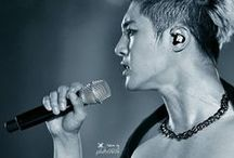 Kim Hyun Joong / Kim Hanjun South Korean idol, actor and model. The leader and main dancer of the popular Korean group SS501 - Wikipedia Date and place of birth: 6 June 1986 (age 28), Seoul, Republic of Korea Genres: Dance music, J-pop, K-pop Cooperation: SS501 Height: 1.82 m