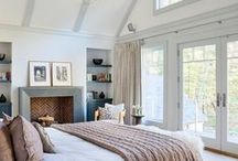Bedroom / Inspiring and relaxing, a collection of bedroom ideas to incorporate into my home.