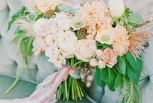 Wedding Bouquets & Floral / The florals are my favorite aesthetic part of the wedding! From lush bouquets, to beautiful ceremony installations, this board is filled with flower inspiration for your beautiful wedding day!