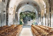 Beautiful Wedding Ceremony Backdrops / Inspiration for the end of the aisle.