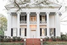 Southern Charm Wedding Inspiration / Wedding inspiration for any Southern Belle! Southern wedding inspiration, decor, and ideas.