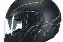 HELMETS SUV gt ST / THE SUV GT IS THE ULTIMATE EXPECTED EVOLUTION OF THE SUV. DEVELOPED TO ANSWER ALL ROAD, HIGHWAYS OR EVERYDAY CITY RIDERS SPECIFICATIONS BENEFITS FROM THE LATEST TECHNICAL EVOLUTIONS TRANSFORMING THIS MODEL A REFERENCE IN HIGH PERFORMANCE AND AERODYNAMICS.