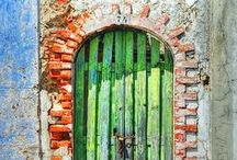 Doors and gates / Doors in all shape anf form all over the world