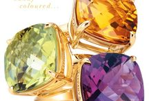 Rings and things / Inspiration for beautiful and colourful rings with the extra bling factor.