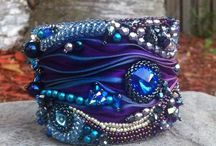 Arm candy / Delicious bracelets and arm cuffs that all have extra colour, bling or punch.