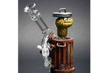 Custom Bongs and Pipes / bongs and pipes
