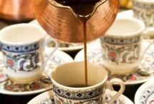 I love Coffies / Amo cafés,bem feitos ,bem servidos...