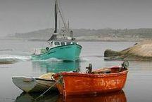 Barcos... / Barcos e embarcações de todos os tipos e tamanhos.