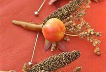 golden shades of fall weddings / Fall in love wedding ideas
