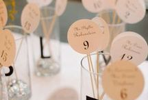place card & table seating plan ideas / Place card ideas and design
