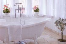 Bathroom vintage / Victorian bathrooms. Shabby chic