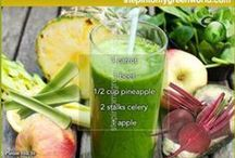 Green Juices & Smoothies / The healthiest collection of green juice recipes. For detox and weightloss. Spinach, kale and all of the greenest veggies.