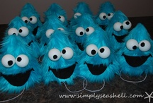 Cookie Monster Sesame Street Birthday Party / Me Luv A Good Cookie Monster Party... / by Michelle (simplyseashell.com)