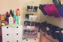 DIY Makeup Storage / DIY Makeup Storage ideas.
