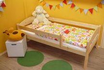 """Ágymester """"Törpi"""" gyerekágyak / """"Törpi"""" bedframes / 80x160cm matracméretű gyerekágy fenyőfából, leesésgátlókkal és ágyráccsal együtt."""