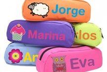 Bolsas personalizadas / Bolsitas, estuches y mochilas personalizadas con su nombre.  http://www.etic-etac.com/bolsas-mochilas-y-estuches