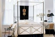 Canopy Beds / Elegant and dramatic, a canopy bed instantly brings an air of romance to your bedroom. Our exclusive canopy bed designs are made individually with traditional bed making techniques.
