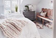 Schlafzimmer einrichten : dekorieren, Betten, Accessoires und Deko /  gemütliche Betten . Schlafzimmer Inspirationen . Accessoires Schlafzimmer . Schlafzimmer Deko . dekorieren . gemütliches Schlafzimmer