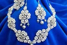 Bridal jewelry/accessories/dress / Everything for bride