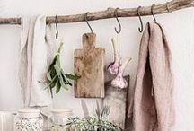 Landhaus Küchen einrichten - Wohnküchen, gemütliche Küchen, Accessoires / Landhausküchen, rustikale Küchen, Küchentrends, gemütliche Küchen, Kücheneinrichtung, DIY, Upcycling, Möbel aus Europaletten, DIY Lampen, Palettenmöbel, how to, Lampen selber machen, Möbel selber bauen,Basteln, Selbermachen, Selber machen, DIY Tutorials, DIY Ideen, DIY Geschenke, Geschenke basteln, Möbel bauen, Kreativ, DIY Anleitungen, DIY Deko, Deko selber machen, Deko Ideen, Zuhause, Geschenke, Wohnen