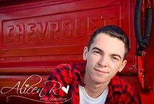 Senior Portraits & Teen Photography  / Senior portrait & teen photo posing ideas...