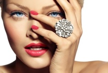 Remodel & Mend / Remodel and revamp your jewels, to give a fresh new look to any jewel.Icecool diamonds will transform your jewels into the latest designs.  Recycle, regenerate and recharge your look for the fashion season ahead.