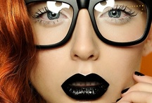 Make Up / by Caro Dumanni
