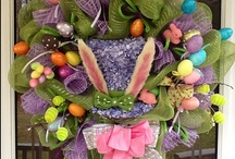 Mesh wreaths and Straw Hats ideas / by Jeannette Merced