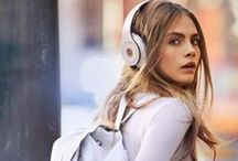 Headphones - Feel the Beat / Launching the 1st Fashion Tech Podcast! Sign up: http://podcast.refashion.co/