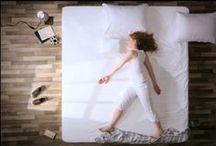 Matratzen/Matritzen / Hier geht es nicht um guten oder schlechten Geschmack. nur ums eine: Betten... und gleichzeitig ist es doch ein kleiner Abriss der Geschichte des Musikvideos!