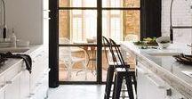 Kuchnia & Jadalnia / Kitchen & Dining / W kuchniach miewamy styl skandynawski, rustykalny i prowansalski, nowojorski, ekologiczny, industrialny, nowoczesny...Kto by je wszystkie znał! Jeśli przymierzasz się do remontu mieszkania lub właśnie kupujesz nowy dom to warto, żebyś poznał ich jak najwięcej by w końcu znaleźć swój ulubiony. Dlatego zapraszamy na tablicę kuchennych inspiracji, która pomoże ci podjąć decyzję.