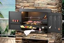 Easy DIY Outdoor Ideas / Patio and deck ideas for creating the perfect outdoor entertaining areas or a place to sit and relax