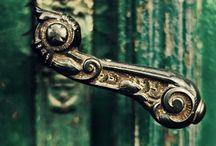 Storyteller doors
