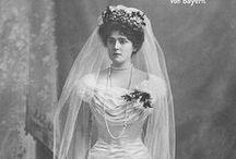 1900s bridal fashion / │1900s vintage fashion │bridal fashions │wedding gowns │bridesmaids dresses │