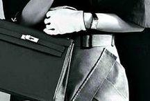 Beautiful handbags / I LOVE Handbags, purses, vintage, designer, classic, leather, totes, cross body, satchels