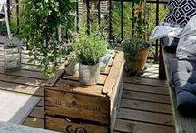 Ein Platz an der Sonne / Egal ob Balkon, Terasse, Garten oder Park, die ersten Sonnenstrahlen lassen sich überall genießen. Besonders schön wird es dabei mit gemütlichen Sitzgelegenheiten.  Mit unserer destinature-Serie haben wir dazu viele tolle Produkte im Programm, um jeden Platz zum Lieblingsort zu machen.  Entdeckt sie online unter: https://www.werkhaus.de/shop/