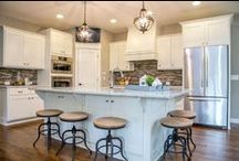 Kitchens / Kitchens, dining rooms, pantries, and dinettes