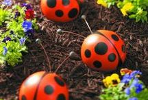 DIY Garden Projects / Make your garden pop with quirky cool crafts and easy DIY projects.
