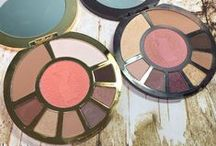 Blog Reviews - makeup / makeup and beauty favorites from the blog!