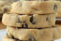 Cookie Recipes / Homemade drop cookies, cutout cookies, slice and bake and everything in between!