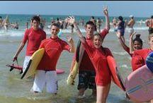 Colos Telligo - Surf / Prend la vague avec Telligo et surfe sur les plages ! Photos par Guillaume Eymard.