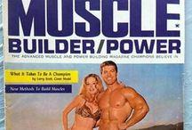 Betty Brosmer / Betty Brosmer ist ein amerikanisches Fitness Model und die Ehefrau von Joe Weider, dem Pionier im Supplement Business für Fitness und Bodybuilding. Betty Weider wurde zur weiblichen Fitness & Health Legende in den 80er Jahren