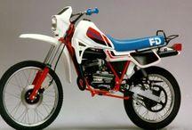 Motocross, Scrambler y Enduro / by Jose Maria