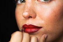 Ehostusta / Itsensä kaunistamista eri tavoin...